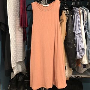 Dresses & Skirts - Tan Pink Dress
